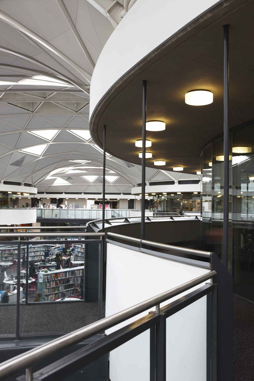 Thomas Deacon Academy curved elevated walkways and classrooms, Peterborough | Interior Photographers