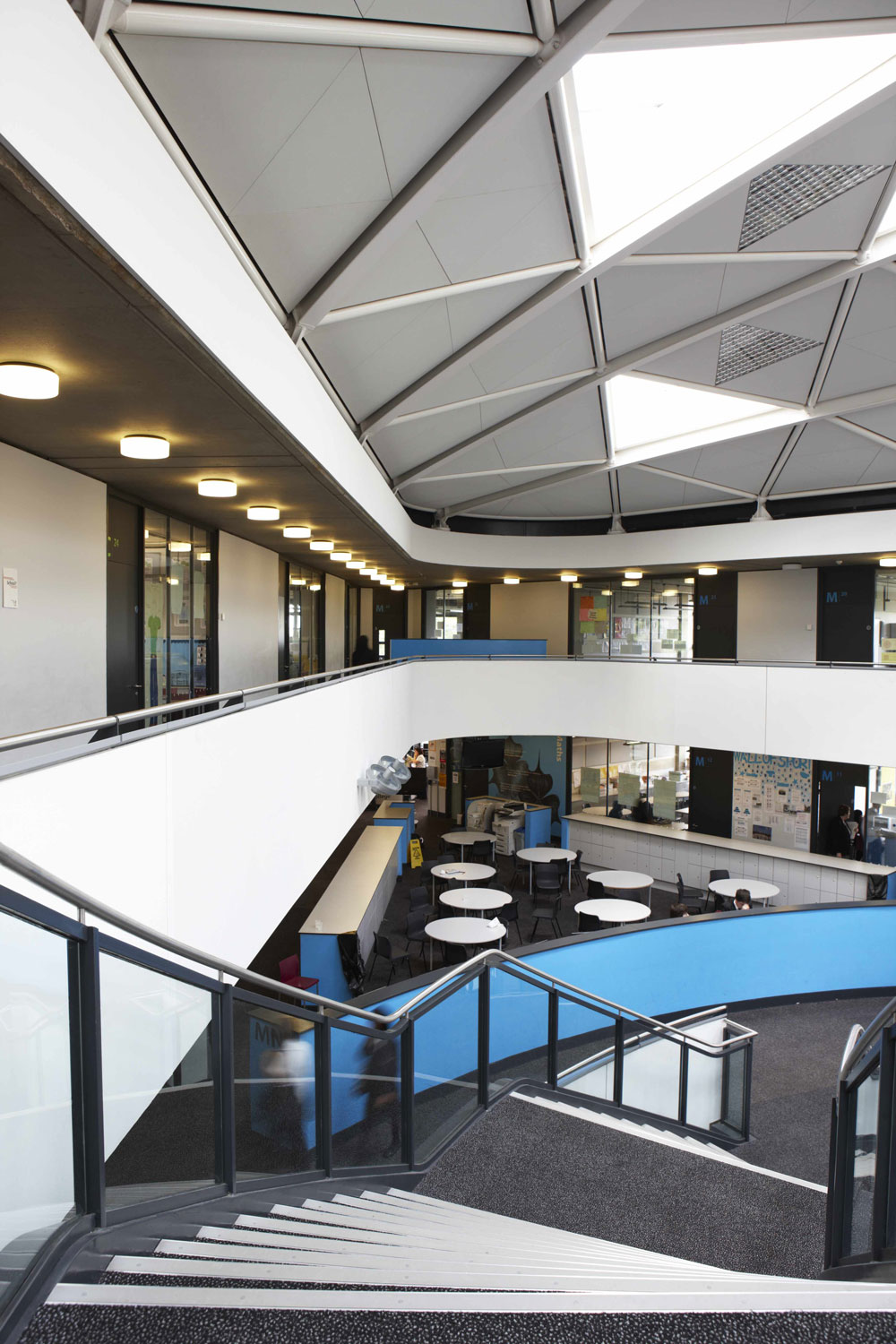 Thomas Deakin Academy elevated walkways, Peterborough | Interior Photographers