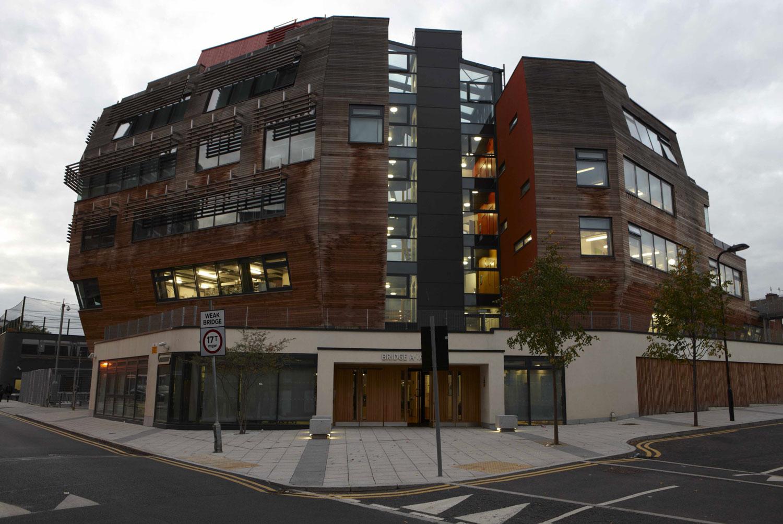 Bridge Academy exterior, Hackney | London Architecture Photographer