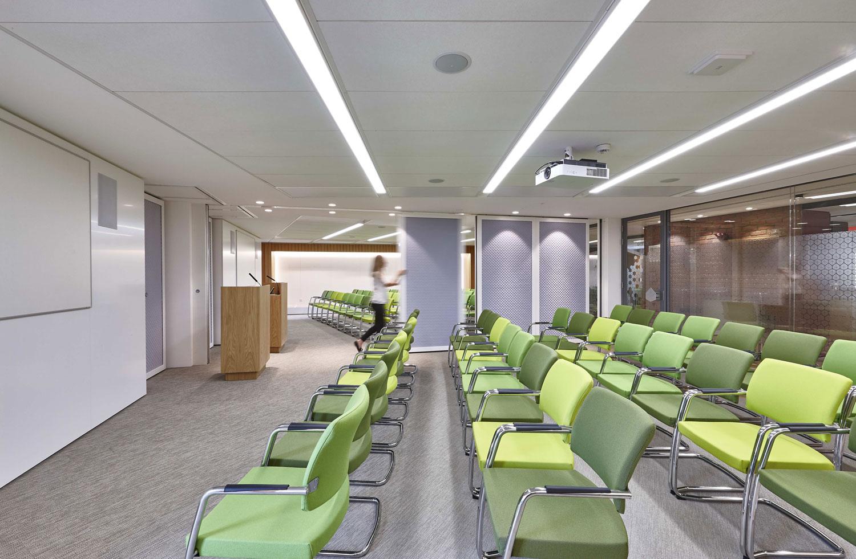Siemens Bosch Neff Conference Room Milton Keynes   London Interior Photographer