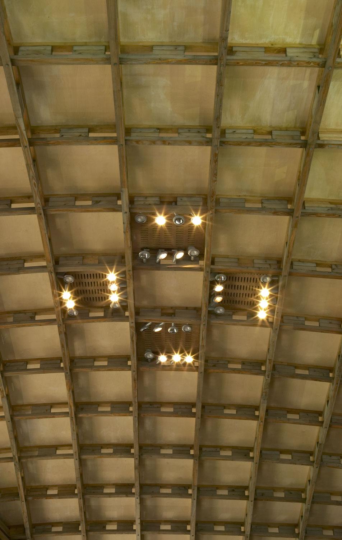 Savill Building Larch Gridshell Roof Detail, Savill Building, Savill Gardens, Windsor | Architecture Photographers