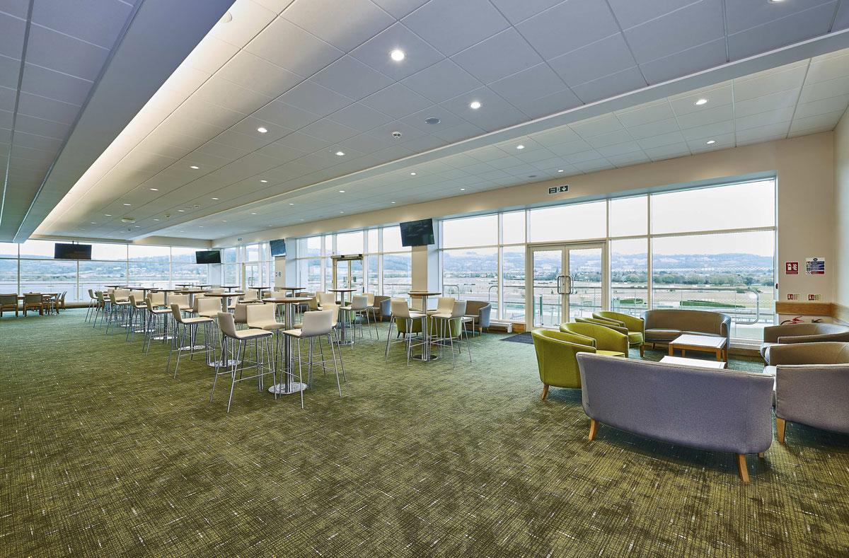 Cheltenham Racecourse Memberes Lounge | Interior Architecture Photographer
