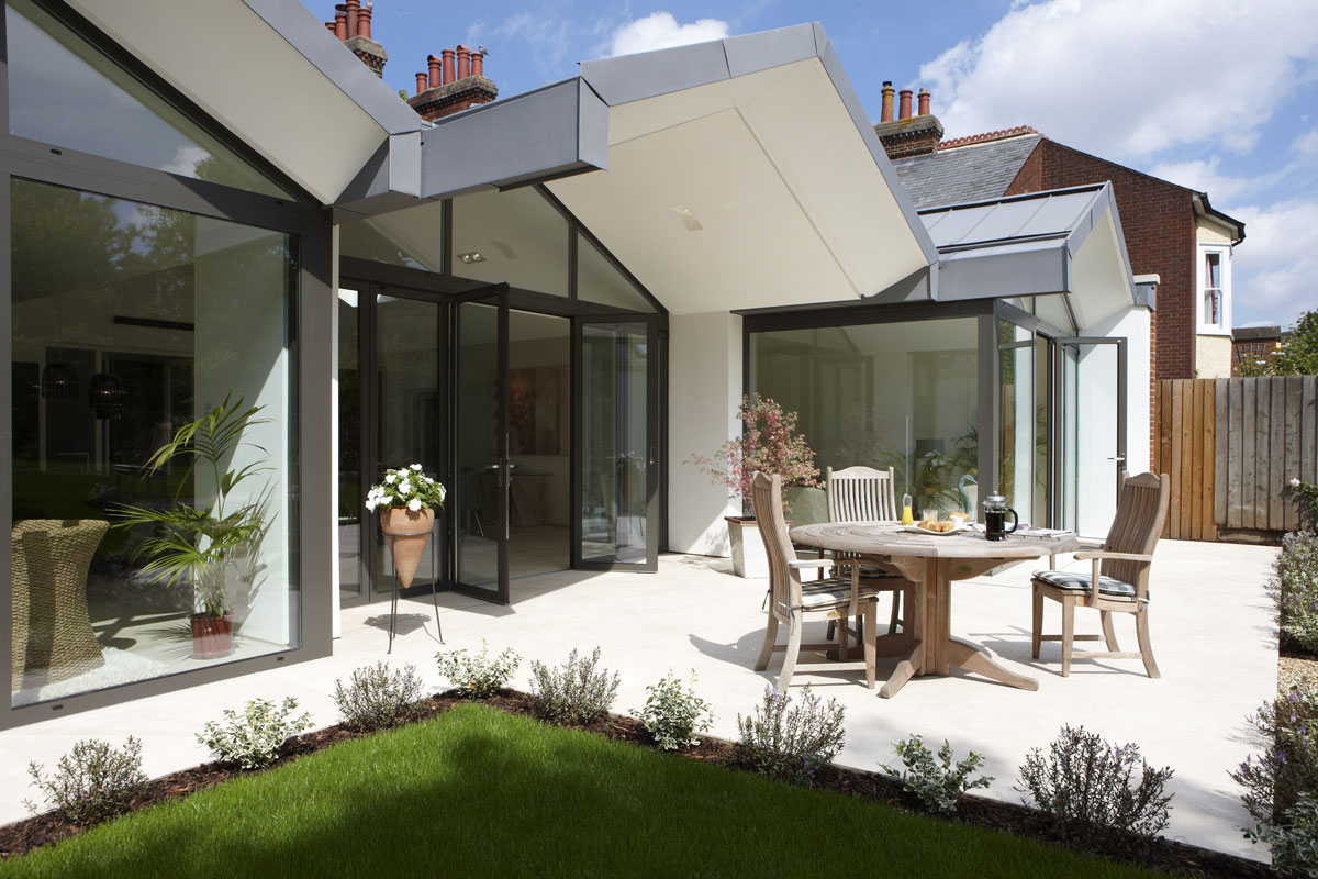 Hitchin Kitchen patio by mace architects | Interiors Photographer London