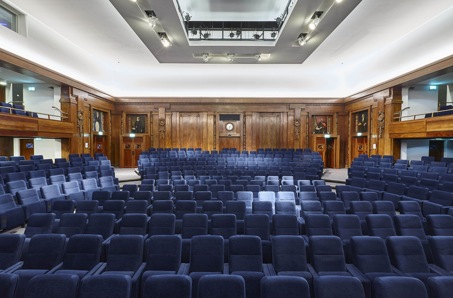 Institute of Engineering and Technology Kelvin Lecture Theatre | Commercial Photography