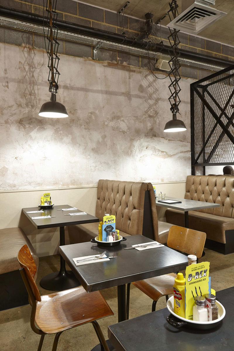 Byron Proper Hamburgers lighting detail at the O2 Arena, Peninsula Square, London | London Restaurant Photography | Commercial Interiors Photographer