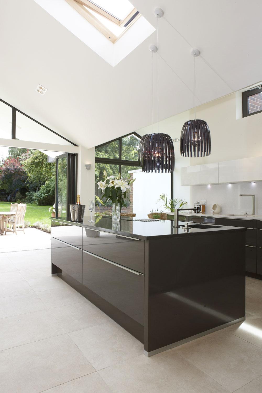 Hitchin Kitchen limestone tiling by mace architects | Interiors Photographer London